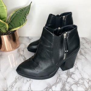 CHELSEA CREW   Krystle Zip Ankle Booties Black 37